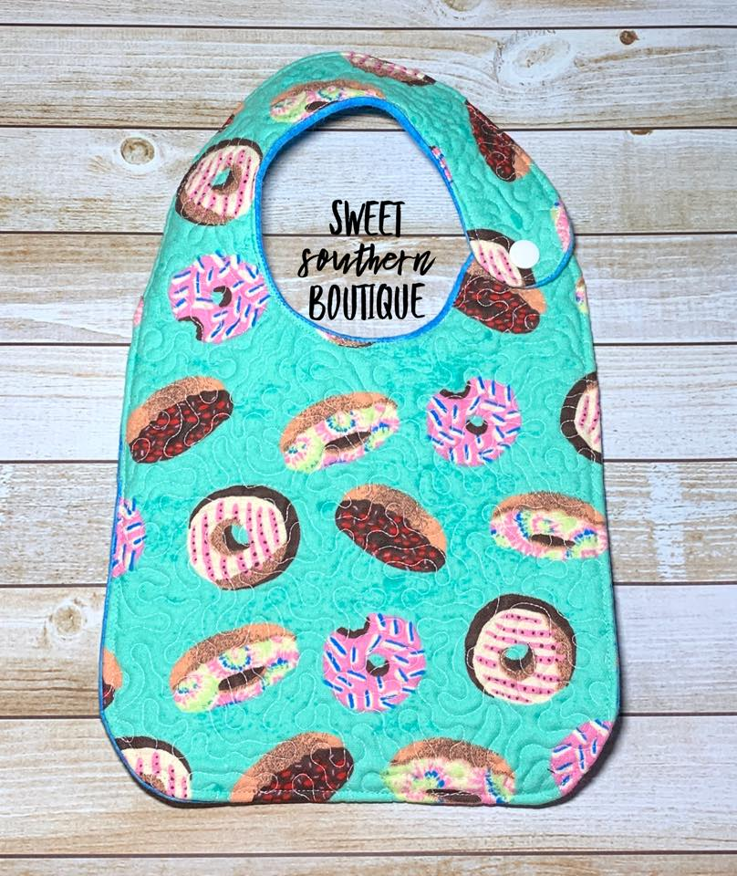 Donuts quilted bib