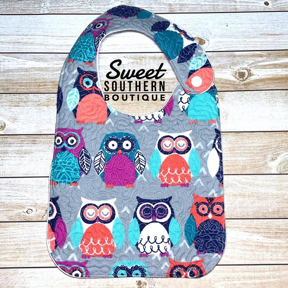 Owl gray quilted bib