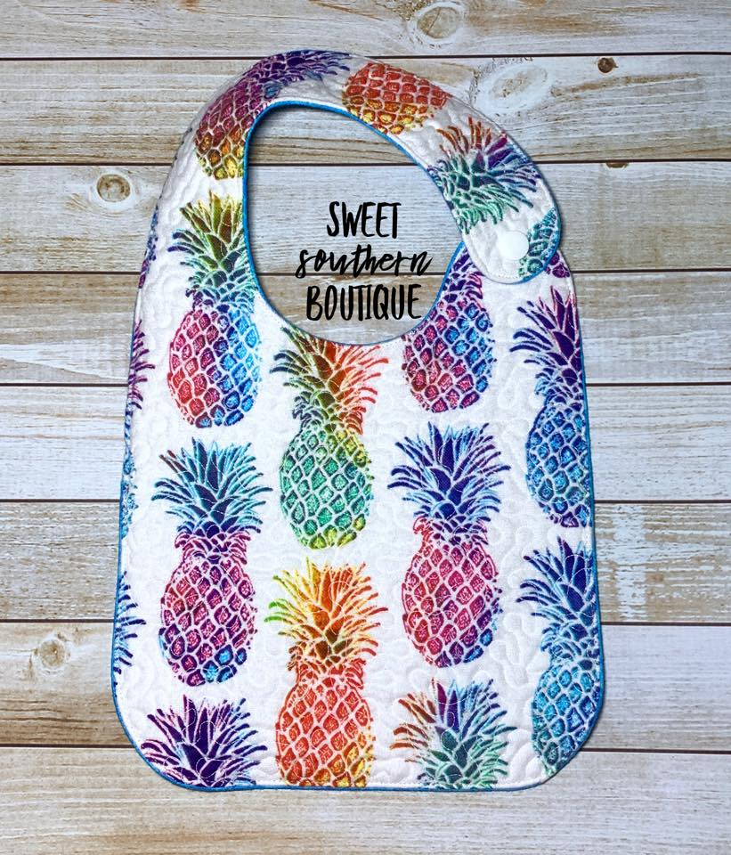 Pineapple quilted bib